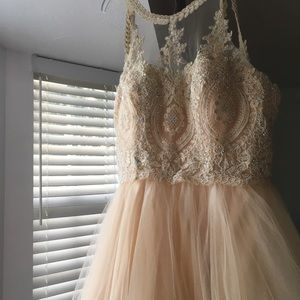 Champagne/ivory dama dress for any special event